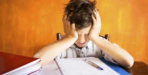 niño-estudiando